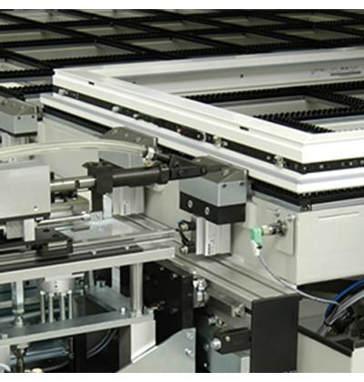 Automatinis varčios furnitūros montavimo įrenginys FBS-SpeedStar-2S